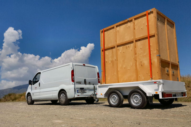 Small van and trailer used for mobile self storage in Fuengirola and Mijas